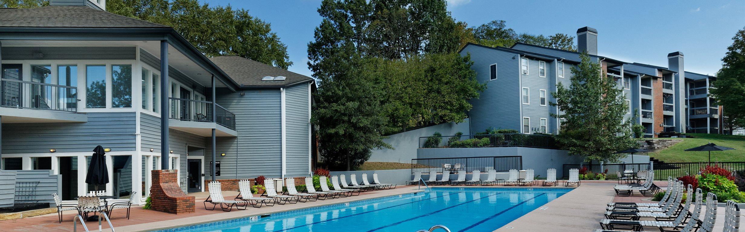 Arbor Hills Apartments pool area
