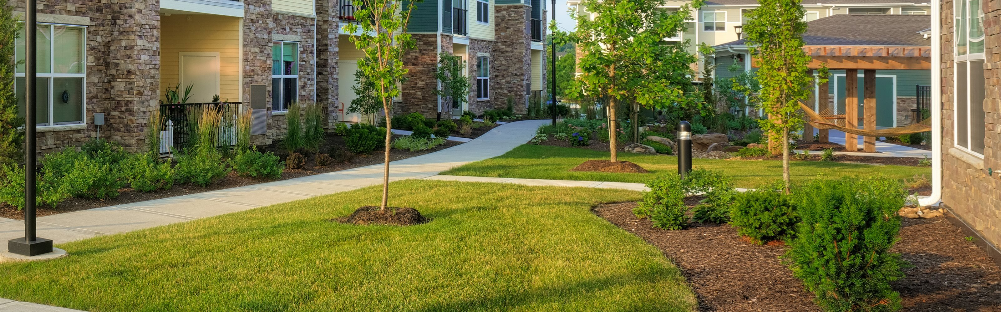 The Haven at Shoal Creek - Exterior path