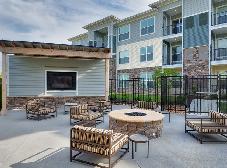 The Haven at Shoal Creek TV lounge with fire pit