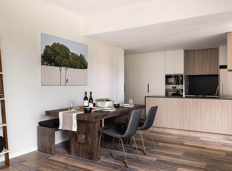 Element 27 - Interior - Dining area