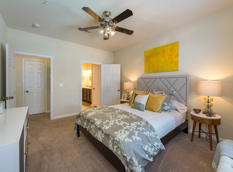 Swift Creek Commons Apartments - Interior apartment bedroom