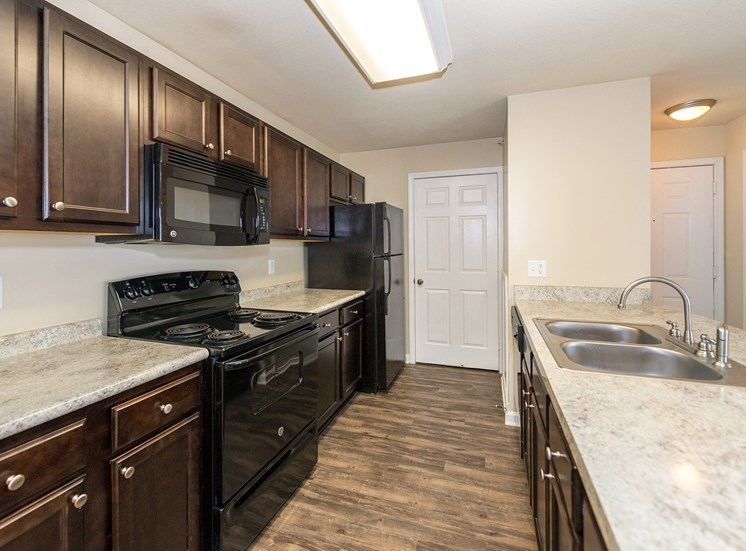 Swift Creek Commons Apartments - Interior kitchen with premium upgraded finishes