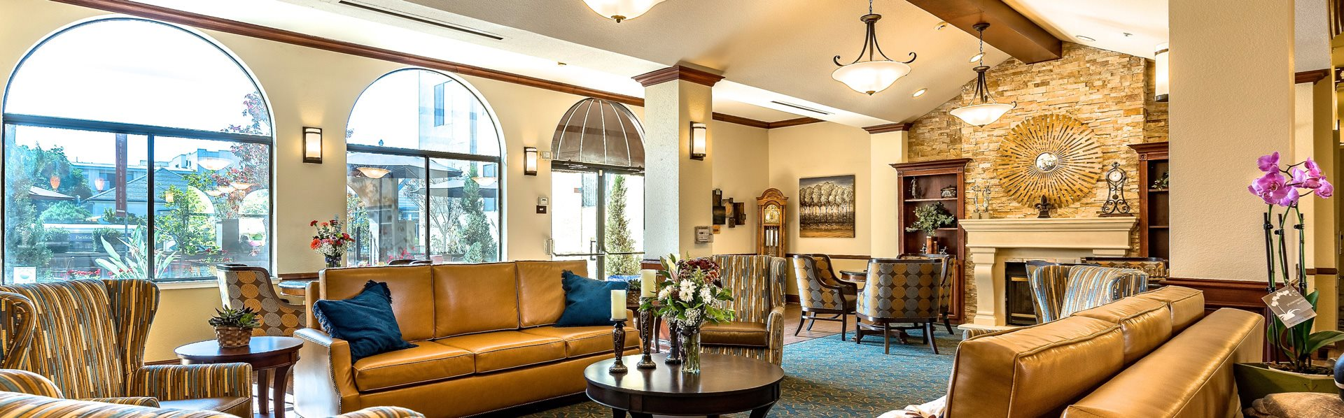 Open and Comfortable Living Room at Pacifica Senior Living San Leandro, San Leandro, CA, 94577